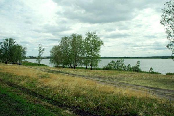 Берег озера Горькое