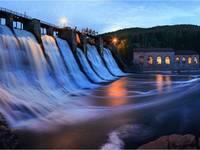 ГЭС Пороги.  Автор: Олег Астахов