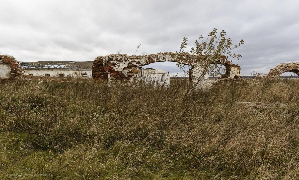 Фотография 4554. Красивые развалины для организации фотосессии. 1/60, -1.0, 9.0, 24.