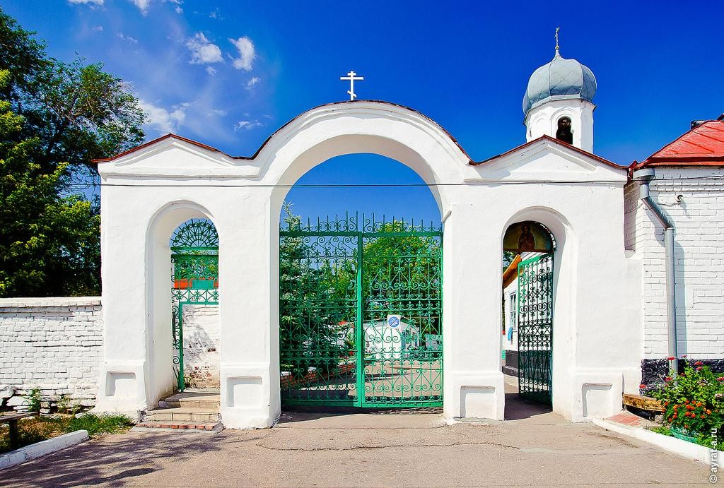 Храм Димитрия Солунского в Троицке