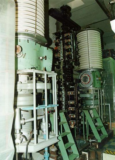 Вертикальная газовая пушка для исследования распределения плотности вещества в областях турбулентности