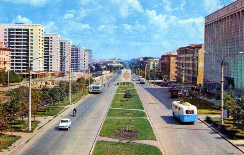 Челябинск. Проспект им. Ленина. фото Б. Погорелого, 1974 год.