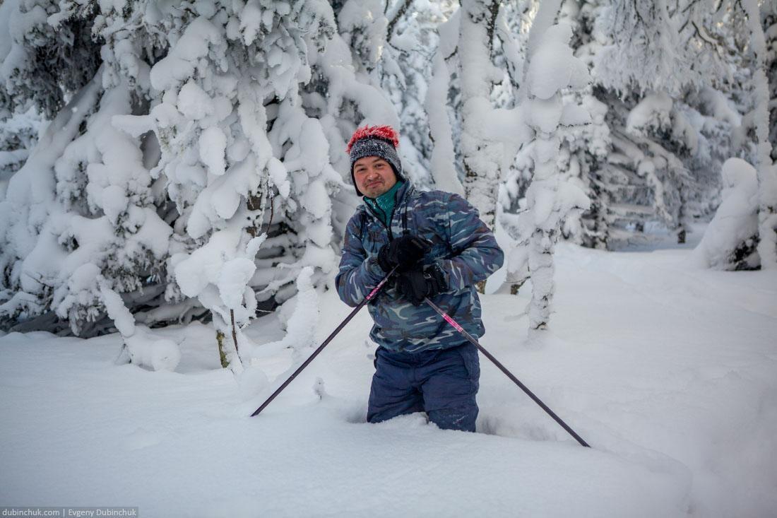 Глубокие сугробы на Южном Урале