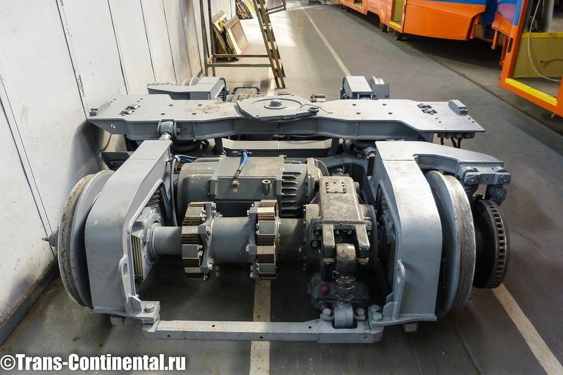 Тележка трамвая на конвеере Усть-Катавского завода