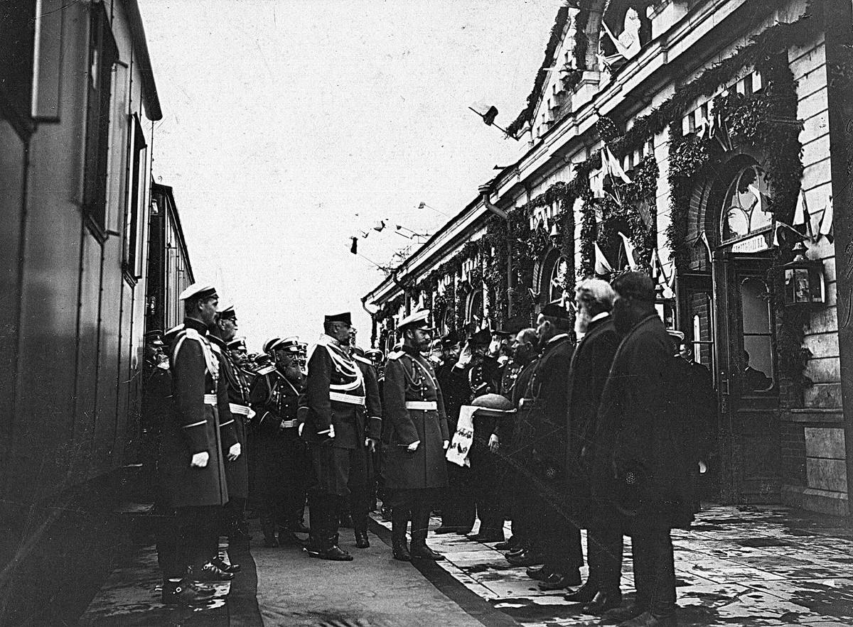 30 июня 1904 г. Смотр полков отправляемых на русско-японскую войну