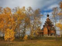 Церковь в Верхней Санарке.  Автор: Михаил Трахтенберг.