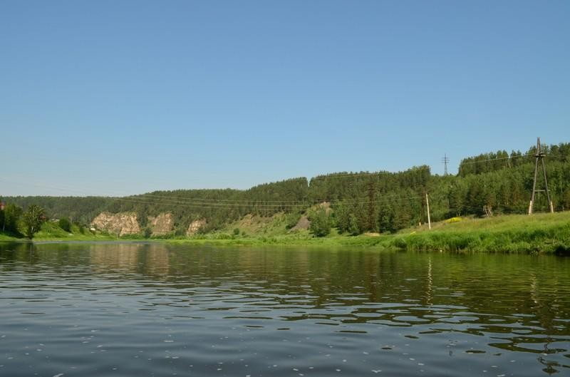 Берег реки Ай