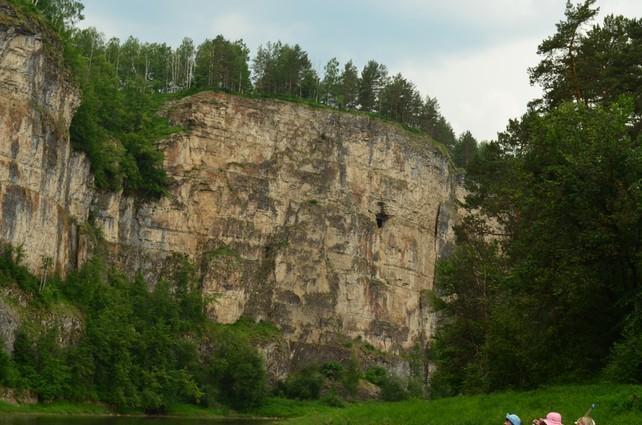 Юношеская пещера река Ай