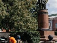 Памятник П. П. Аносову (г. Златоуст) Автор: cheger (http://cheger.livejournal.com/)