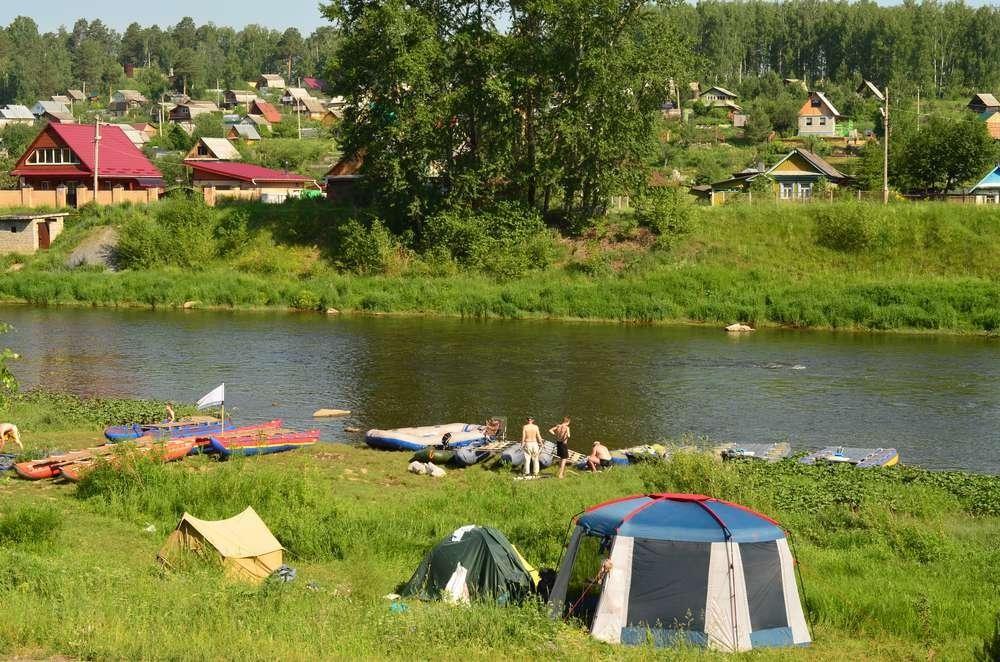 Река ай стоянка катамаранов
