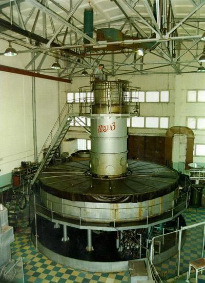 ИГУР-3 – импульсный ускоритель электронов