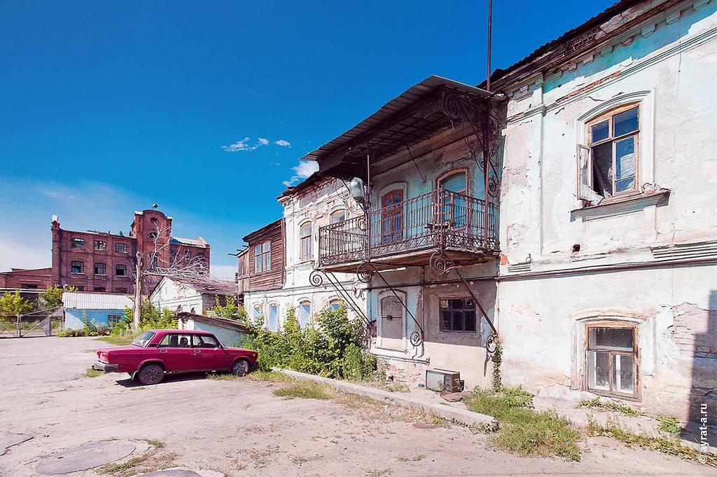 Дом с изящным балконом начальника пивоварни в Троицке