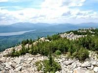 Вид с вершины хребта Зюраткуль. Автор: Владимир Тимкин.