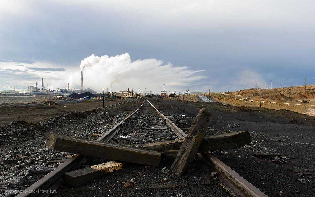 12. Сернистый газ падает на городские крыши (400, 24, 10.0, 1/125)